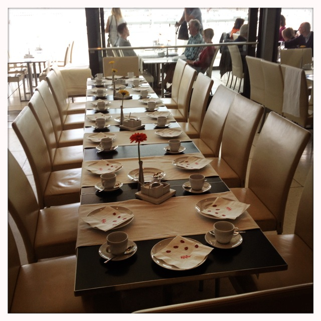 Kaefer Restaurant Reichstag - die Tafel