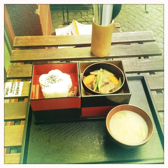 Mamecha - green tea café